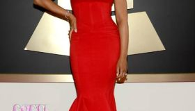 Oh YES! She did THAT! Tamar Braxton at Grammys