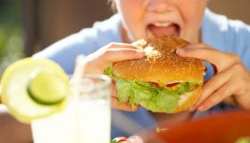 HELP! 12 Reasons you are ALWAYS hungry!