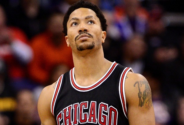 150225072708-derrick-rose-iso-looks-up-022515.home-t3