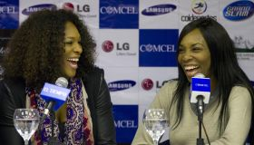US tennis players Serena (R) and Venus W